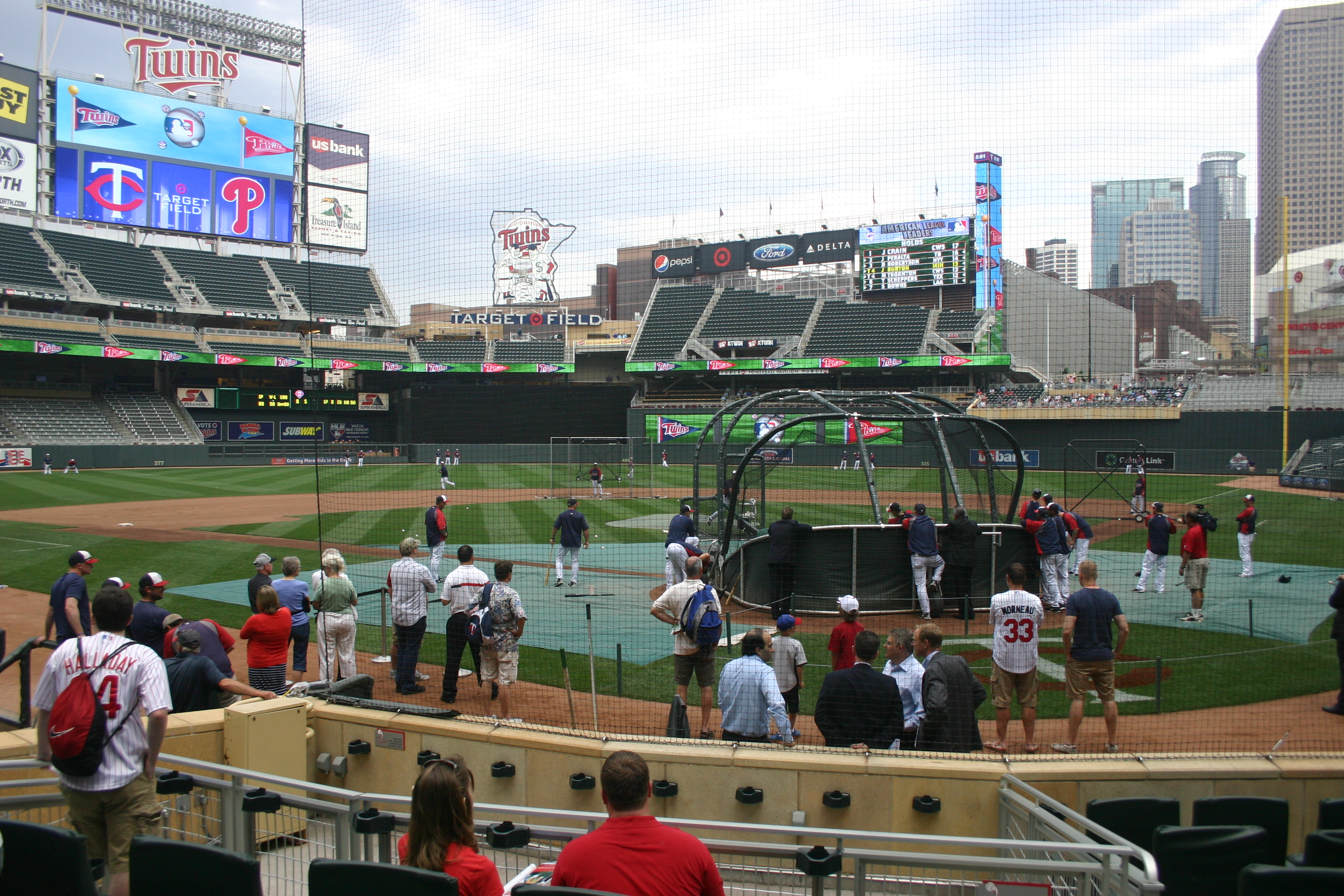 Target Field,Twins,Midwest baseball tour,sports travel,baseball vacation packages